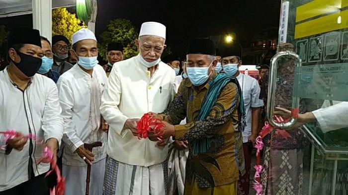 NU Jatim Launching Toko Waralaba 'Harum Mart', Dilengkapi Vending Machine Penjual Sarung