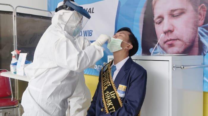 Layanan tes Covid-19 di Rumah Sakit Gigi dan Mulut (RSGM) IIK Bhakti Wiyata.