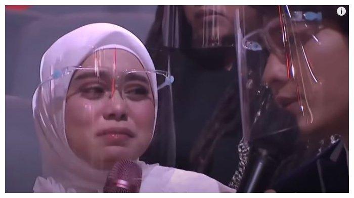 BERITA TERPOPULER SELEB: Nia Ramadhani Nangis Diminta Mikhayla Pergi - Lesty Nangis Dibentak Billar
