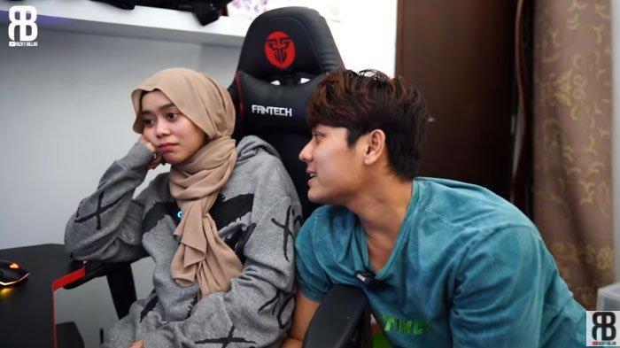 Lesty Kejora Ngambek Dilarang Rizky Billar Nyanyi Lagi Jika Menikah, Lempar Papan Tahu Fakta Aslinya