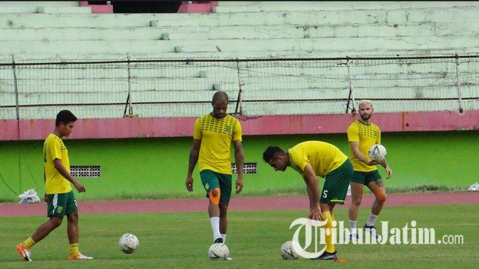 Lima Pemain Persebaya Surabaya Dapat Porsi Latihan Tambahan