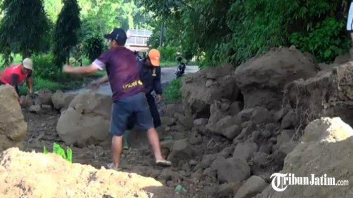 Tebing 25 Meter di Desa Randugede Magetan Longsor, Terparah, Warga di 2 Desa Tak Bisa Keluar Masuk