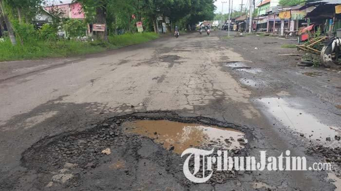 Jalan di Sidoarjo Banyak Yang Rusak, Dewan Mendesak Para Camat Segera Bertindak