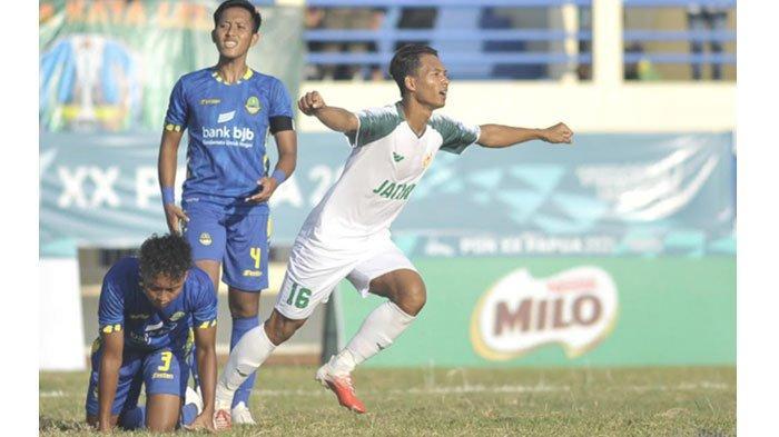Hasil Sepak Bola PON XX Papua - Terlalu Kuat Buat Jabar, Jatim Lolos Semi Final Sebagai Juara Grup E