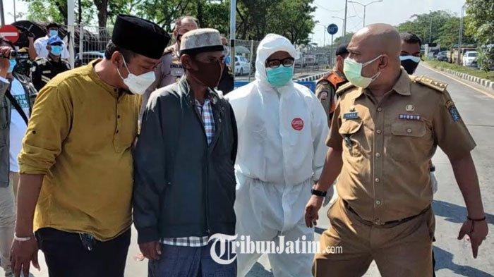 Pasien Positif Covid-19 Kabur saat Diangkut Truk Linmas Surabaya, Susah Payah Dikejar Petugas