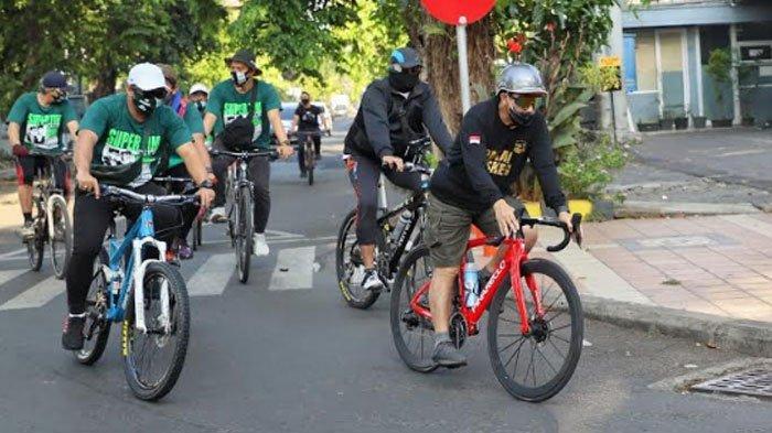 Bacawali Machfud Arifin Habiskan Minggu dengan Bersepeda, Cari Keringat, Sosialisasi 'Pakai Masker'