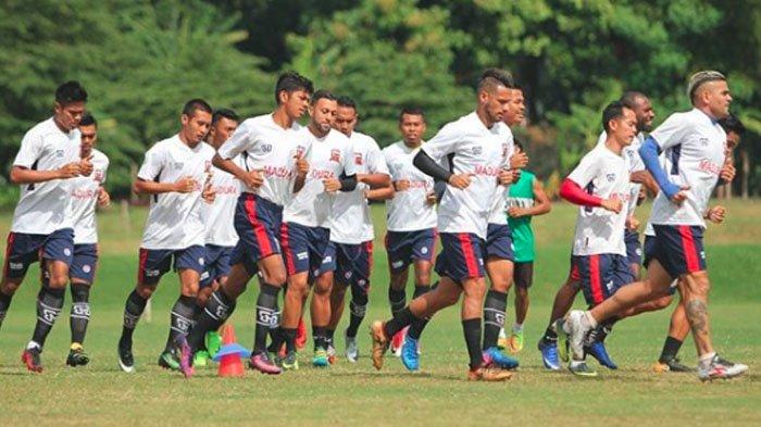 Pelatih MU Gomes de Olivera  Prediksi Laga MU Vs Bali United  Berjalan Menarik