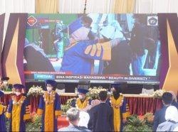 1.000 Mahasiswa Baru IIK Strada Indonesia Mengikuti Bina Inspirasi Mahasiswa Strada