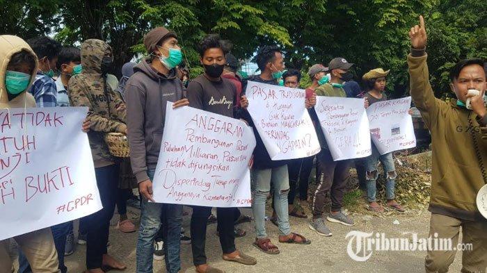 Geruduk Kantor Disperindag Sumenep, Mahasiswa Protes Soal Mangkraknya Pengelolaan Pasar Tradisional