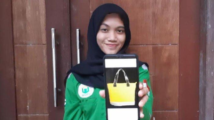 Mahasiswa Prodi K3 Unusa Buat Inovasi Hole Bag Stylish Anti Kotor, Lolos PKM Tingkat Nasional
