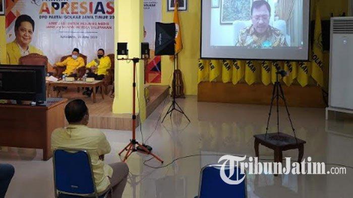 Golkar Jatim Gelar Malam Apresiasi Tenaga Medis, Gubernur Khofifah Sumbang Baca Puisi 'Corona Virus'