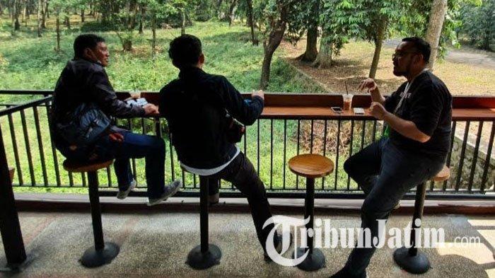NEWS VIDEO: Menikmati Sensasi Minum Kopi di Tengah Hutan Kebun Raya Purwodadi Pasuruan