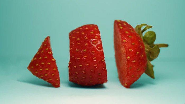 5 Manfaat Buah Stroberi, Menjaga Kesehatan Mata, Atasi Ketombe, hingga Cerahkan Bibir yang Hitam