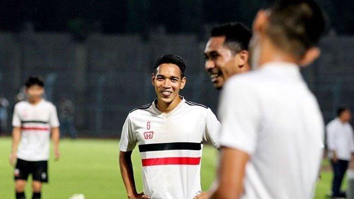Misbakus Solikin Eks Persebaya Resmi Perkuat Madura United, Rahmad Darmawan: Selamat Bergabung
