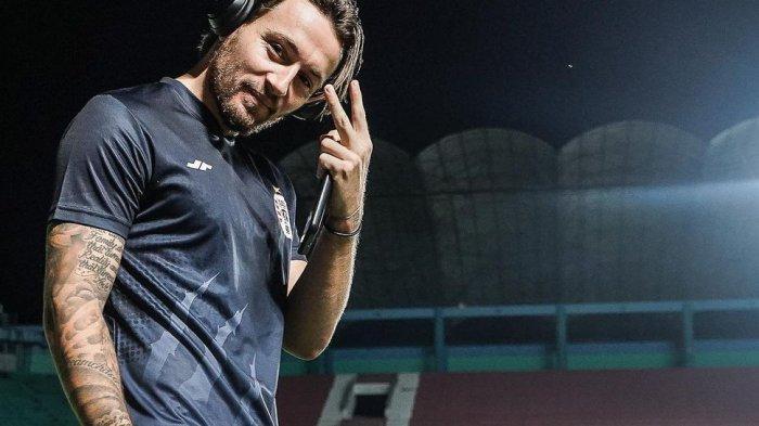 Sandang Gelar Pemain Terbaik Piala Menpora 2021, Marc Klok Bermimpi Bela Timnas Indonesia
