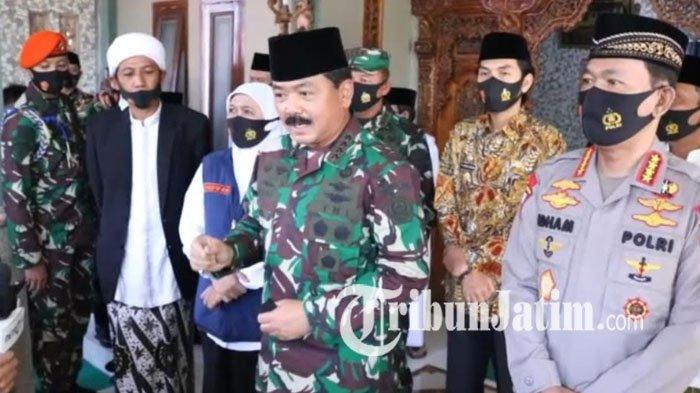 Panglima TNI dan Kapolri Tinjau Ponpes Tangguh Madiun, Diajak Berkeliling Posko hingga Ruang Isolasi