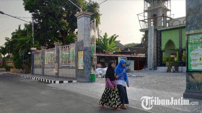 Kerukunan Agama di Tuban Disebut Lampaui Standar Nasional, Bupati: 'Berkat Ajaran Wali'