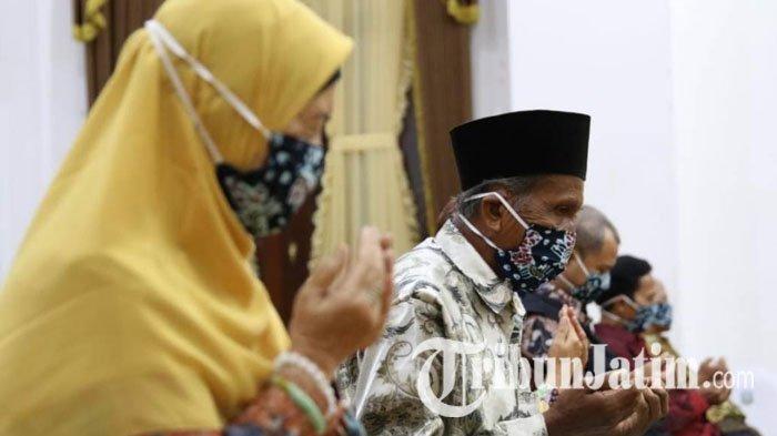 2.300 Lansia Jawa Timur yang Terdampak Covid-19 Dapat Bantuan Paket Sembako Kemensos dan Pemprov