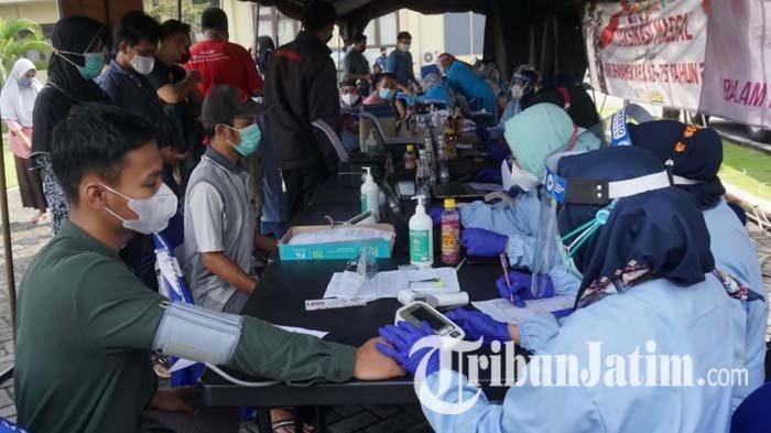 Dinkes Gelar Vaksinasi Covid-19 Massal di Mojokerto, Antisipasi Lonjakan Kasus Covid-19 Varian Baru