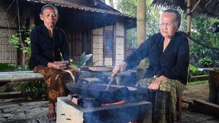 Ngopi Jaran Goyang di Desa Kemiren Kental Tradisi Suku Osing Banyuwangi, Sekali Seduh Jadi Saudara
