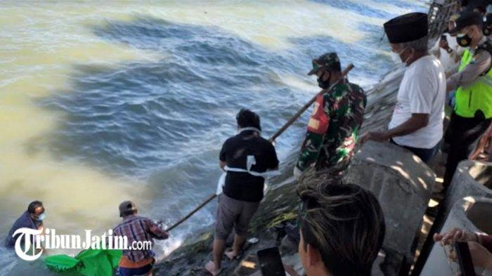 Ditemukan Mayat Mengambang di Bawah Jembatan Suramadu, Korban Bawa Tas Punggung Isi Batu Paving