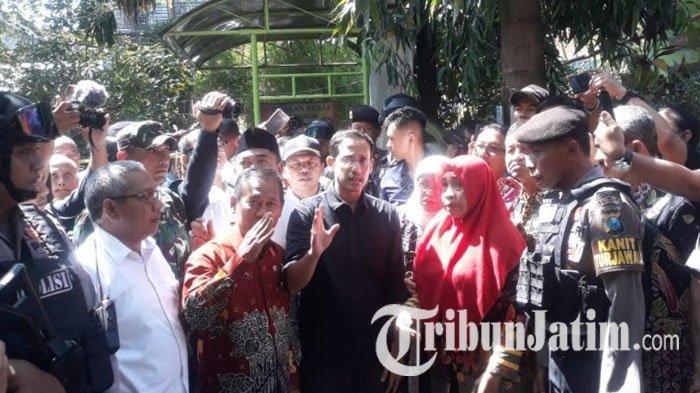 Mendikbud Nadiem Makarim Lihat Kondisi Gedung SDN Gentong Pasuruan, Lalu Gelar Rapat Tertutup