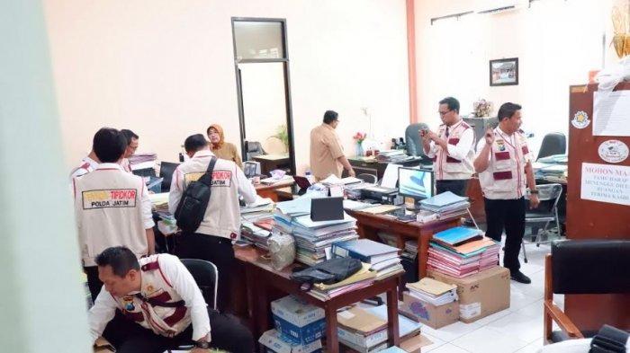 Kantor Dindik Pasuruan Digeledah Polda Jatim,Usut Dugaan Korupsi Pembangunan Atap SDN Gentong
