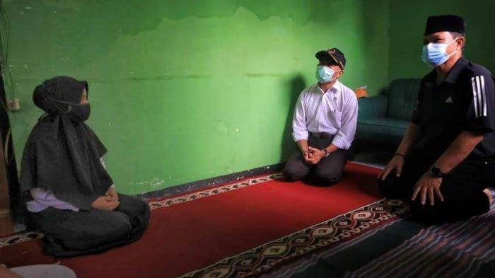 Menko PMK dan Wali Kota Madiun Beri Dukungan Moril kepada Serda Diyut Subandriyo