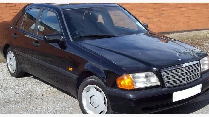 Daftar Mobil Bekas Harga Rp 30 Jutaan Bisa Bawa Pulang Mercedes Benz Ada Yang Keluaran Tahun 2001 Tribun Jatim
