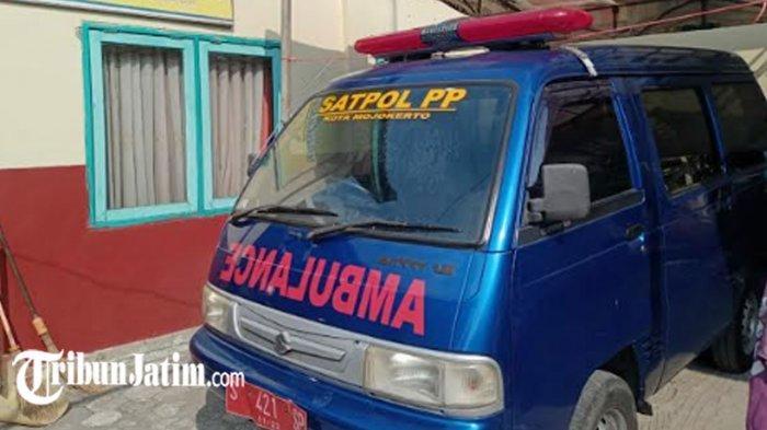 Satpol PP Kota Mojokerto Sulap Mobil Operasional Jadi Ambulans, Siap Antar Warga Isoman ke Faskes