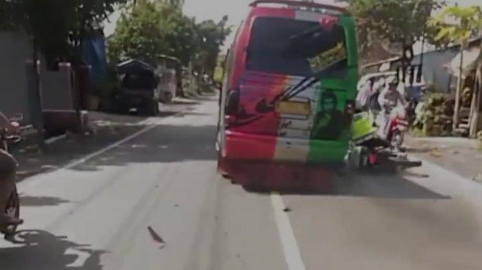 Viral, Mobil Elf Serempet Petugas Polisi Di Probolinggo Saat akan Ditindak