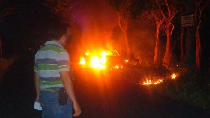 BERITA TERPOPULER JATIM: PTM di Ponorogo Ditutup Lagi - Honda Accord di Tulungagung Ludes Terbakar