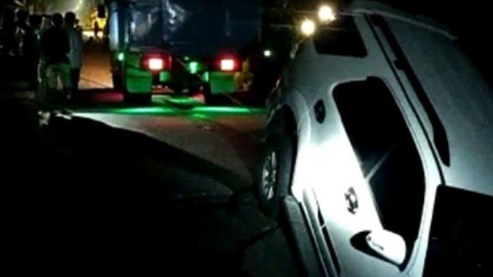 Mobil Masuk Jurang Karena Tak Tahu Ada Jembatan Ambrol di Gedang Sewu, Penumpang 'Alhamdulillah'