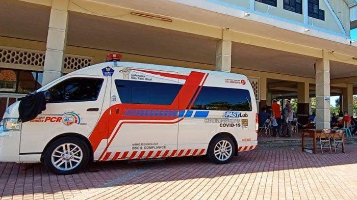 RSUD dr Soetomo Surabaya Beri Bantuan Pasokan Obat dan Mobil PCR ke Bangkalan