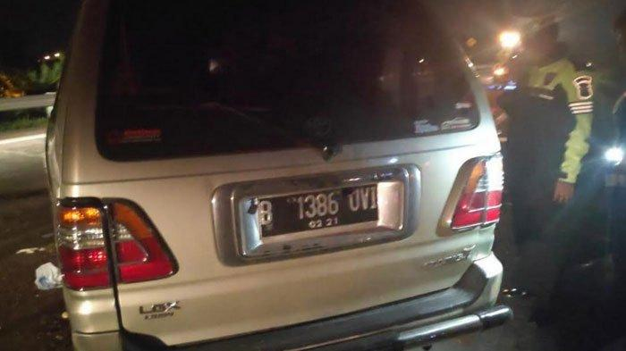 Toyota Kijang Terguling hingga Berpindah Jalur di Tol Surabaya-Mojokerto (Sumo), Satu Orang Tewas