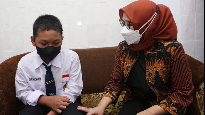 Nouval Kehilangan Ibu Akibat Tertimpa Reruntuhan Rumah di Surabaya Agustus Lalu, Lihat Nasibnya Kini