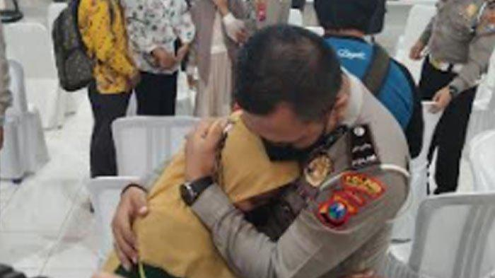 Momen Haru Anak Yatim Piatu Akibat Covid-19 di Probolinggo Menitikkan Air Mata Punya Orangtua Asuh