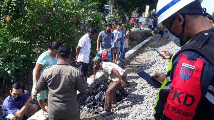 BREAKING NEWS: Laka Maut Motor Disambar KA di Bojonegoro, Terseret 100 Meter, Ibu & Balita Tewas