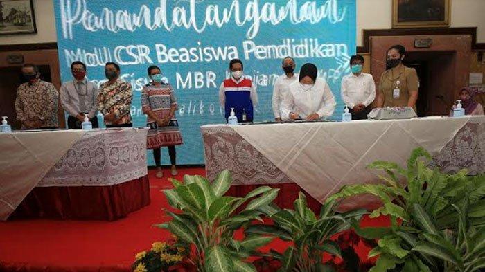 36 Perusahaan dan Lembaga Siap Biayai Pendidikan Anak Surabaya, Wali Kota Risma Nangis: Matur Nuwun