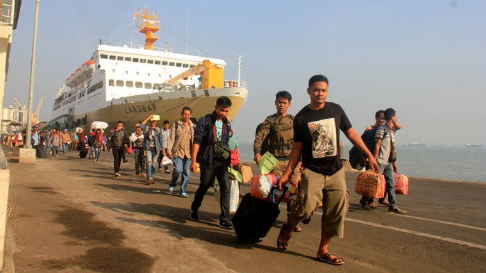 Pelabuhan Kamal Terancam Tutup Pasca Suramadu Gratis, Pakde Karwo: Dia Terseleksi Secara Ekonomis