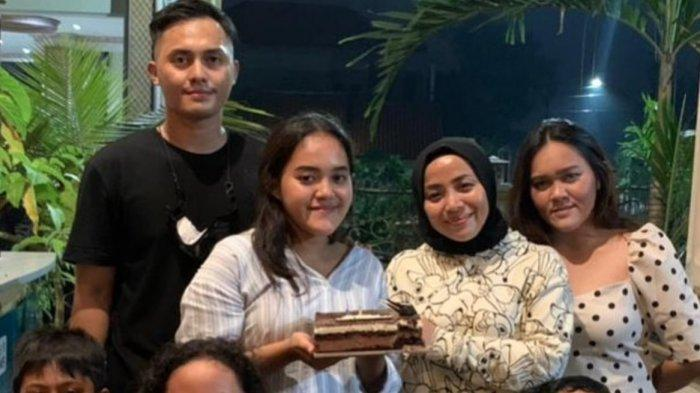 'Wih!' Teriak Anak Sambung Fadel Islami, Pergoki Sikap Suami Brondong Ibunya, Momen Ranjang Mbak Muz