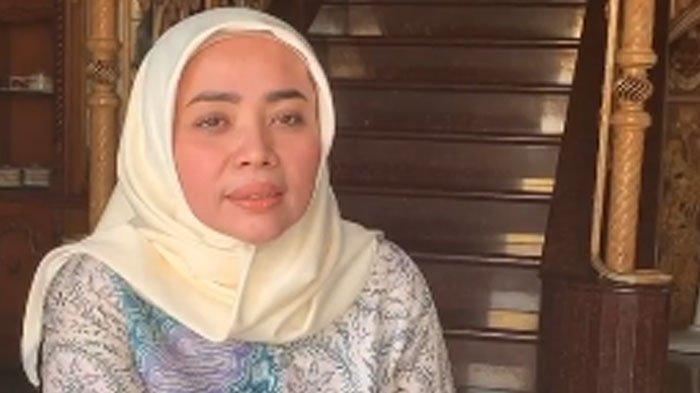 Jilbab Jualan Muzdalifah Diprotes Harganya Kemahalan, Ternyata Bahan Premium Meski Model Basic