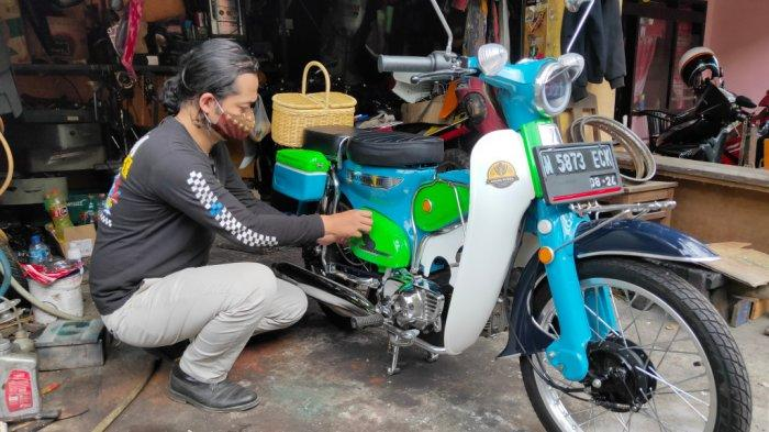Arek Malang Ini Sukses Bangun Sepeda Listrik dengan Gaya Retro