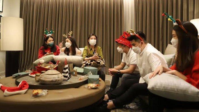 Cia Crazy Rich Surabaya Gelar Private Homey Christmas, Gantikan Perayaan Natal ke Luar Negeri