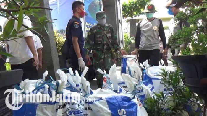 NEWS VIDEO: Nelayan Prigi Bagi-bagi 2,6 Ton Ikan Tongkol ke Warga Trenggalek, Disebar di 5 Kecamatan