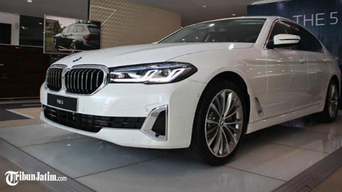 Tampilan Velg Bak Perak, Berikut Spesifikasi Lengkap 'Sedannya Sultan Indonesia': New BMW Seri 5