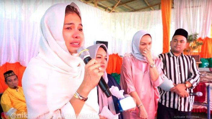 Alasan Nikita Mirzani Nangis Saat Santunan di Sukabumi Dikuak, Curhat Soal Hamil Arkana Mawardi