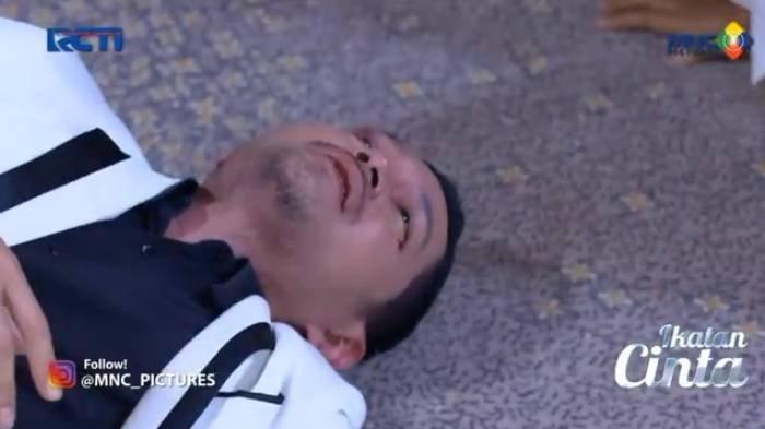 Sinopsis Ikatan Cinta 24 Agustus 2021: Nino Selamatkan Reyna yang Tertimpa Lampu, Nasib Suami Elsa?
