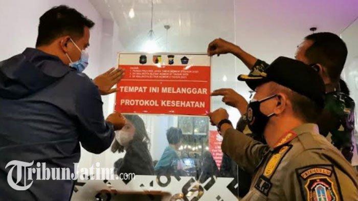 Operasi Yustisi di Kota Blitar: 43 Orang Kena Sanksi, 6 Kafe Ditempeli Stiker 'Pelanggar Prokes'