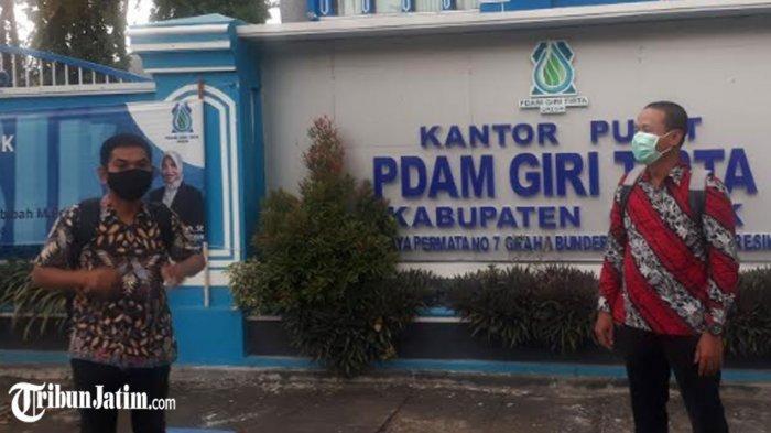 Bantah Dugaan Penipuan Penyaluran Air Bersih di Desa Hulaan, Panitia Langsung ke Kantor PDAM Gesik